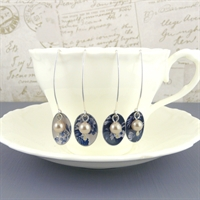 Picture of Denim Oval & Pearl Earrings JE47b-de